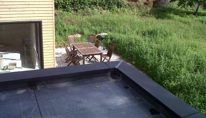 Étanchéité EPDM à Monterblanc - raccord d'étanchéité des angles avec le flashing