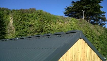 Couvertures panneaux Coloronde & Eternit à la Maison des pêcheurs de Houat 2