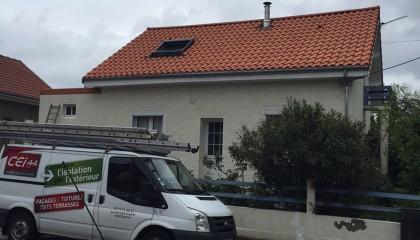 ITE toiture en pente à Nantes - sarking et couverture tuiles fin des travaux