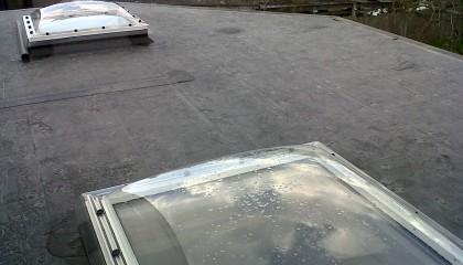 Vélux coupole toit plat sur Epdm